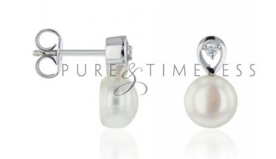 Luxe zoetwaterparel oorknopjes met diamant