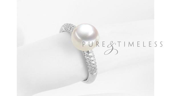 Witgouden ring met 8-8,5 mm zoetwaterparel en 60 diamanten