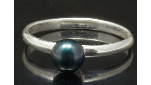 Parel ring 925 Sterling met 7 mm Akoya AAA groen