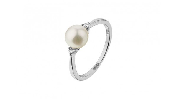 Parel ring in witgoud met diamant