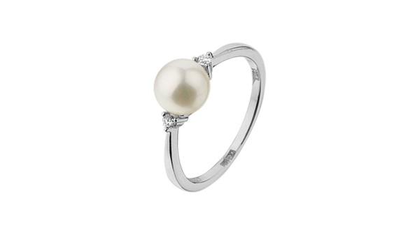Parel ring in witgoud met diamant