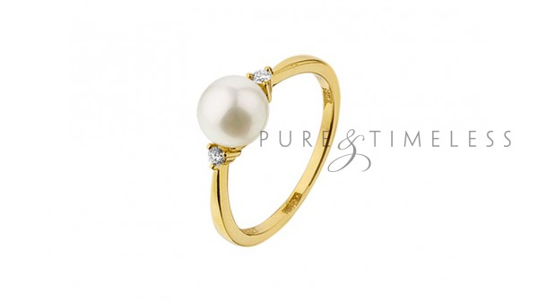 Parel ring met 0,05 krt diamant