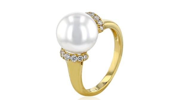 Gouden ring met 10-11 mm Zuidzee parel en diamant