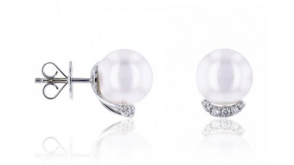 Zuidzee parel oorstekers 8-9 mm met diamant